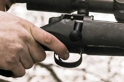 Mauser M18 on varustettu säädettävällä laukaisukoneistolla.
